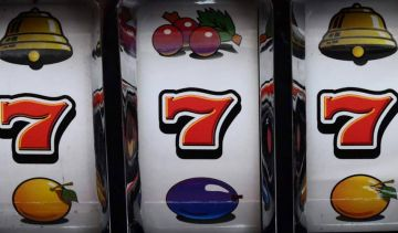 The psychology of slots - A little risk for just enough reward