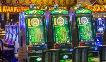 What are the easiest and most difficult casino games to play today?