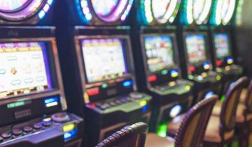 When were the most popular online slot machine features developed?